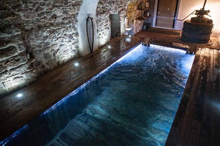 piscine interieure provence var